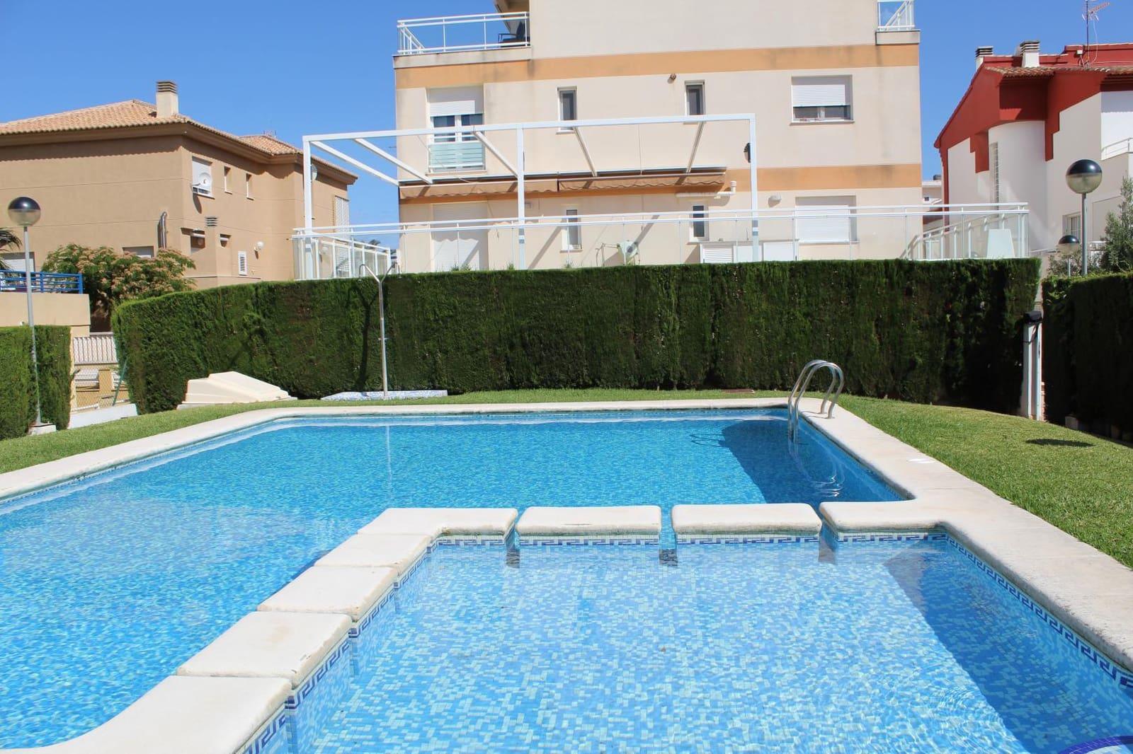 2 soveværelse Lejlighed til leje i Oliva med swimmingpool garage - € 500 (Ref: 5635456)