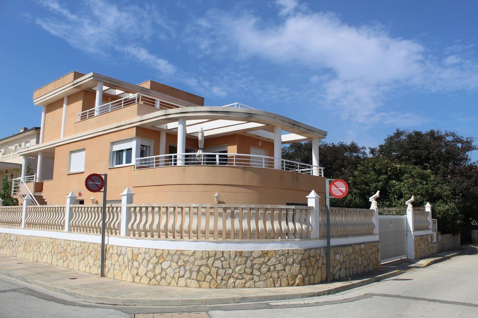 4 quarto Moradia para venda em Oliva com piscina garagem - 400 000 € (Ref: 5642902)