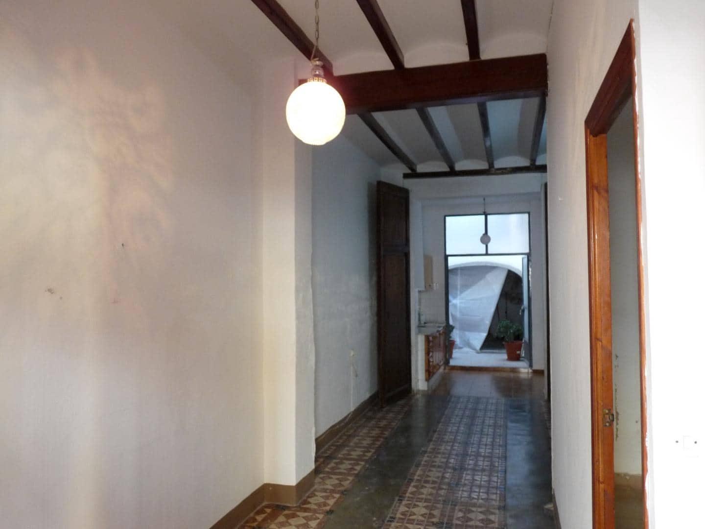 Casa de 3 habitaciones en Oliva en venta - 70.000 € (Ref: 5649495)