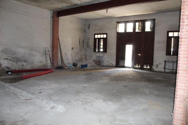 Kommersiell till salu i Oliva - 140 000 € (Ref: 5649878)