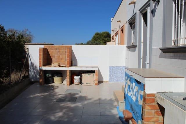 4 makuuhuone Omakotitalo vuokrattavana paikassa Oliva - 700 € (Ref: 5845549)