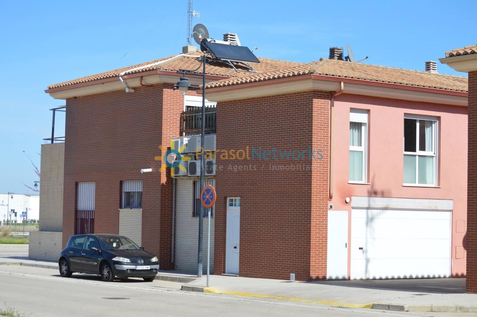 3 quarto Moradia em Banda para venda em La Pobla Llarga com garagem - 190 000 € (Ref: 6072289)