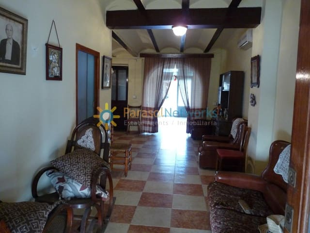 Garage for sale in La Pobla Llarga - € 75,000 (Ref: 6225381)