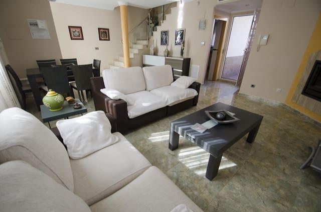 3 quarto Moradia em Banda para venda em Miramar - 250 000 € (Ref: 6346251)