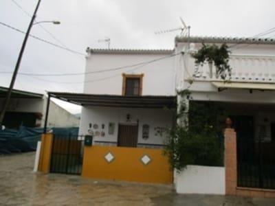 3 Zimmer Doppelhaus zu verkaufen in Alora - 95.000 € (Ref: 3954247)