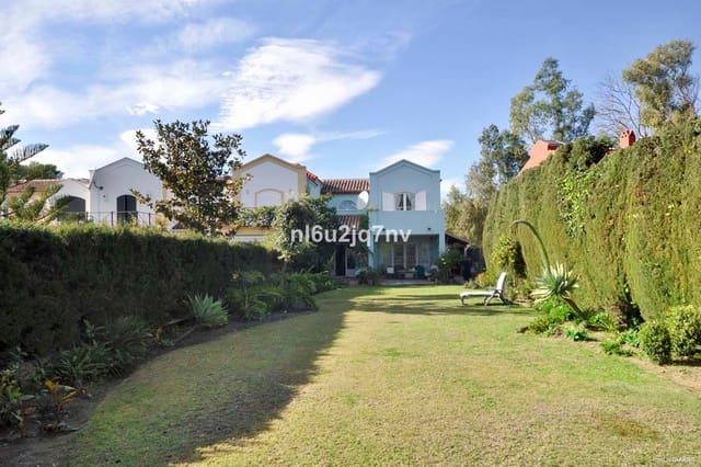 2 sovrum Semi-fristående Villa till salu i Guadalmina med pool - 735 000 € (Ref: 5491611)