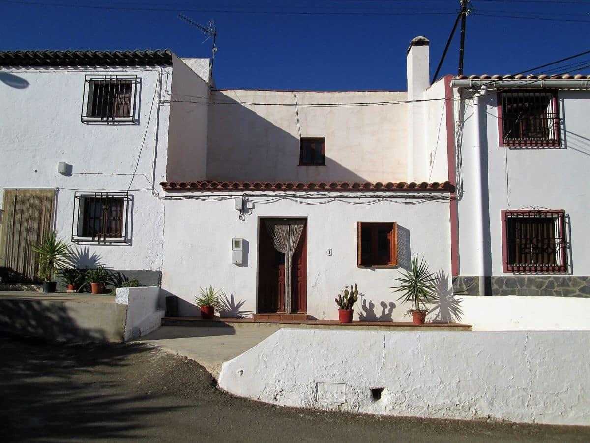 Casa de 2 habitaciones en Cariatiz en venta - 55.000 € (Ref: 4824300)
