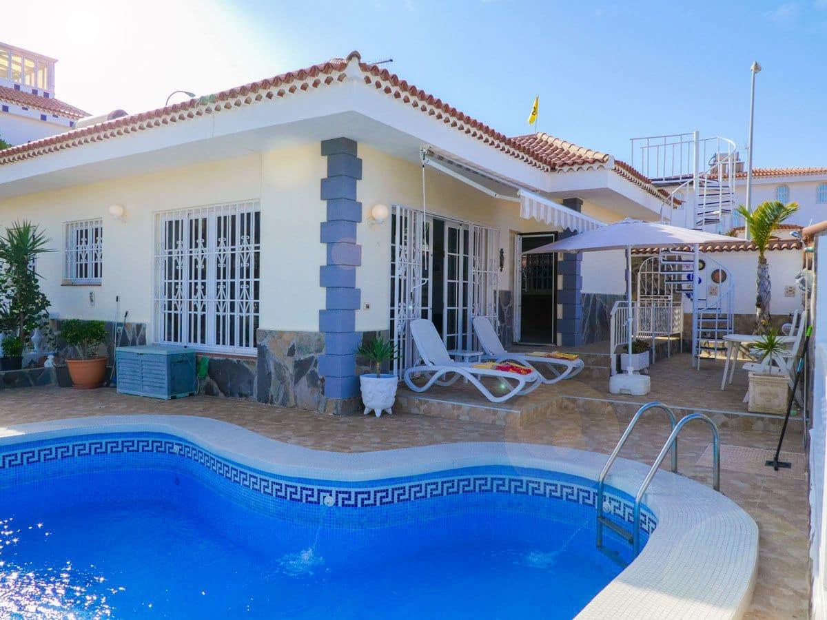 Bungalow de 2 habitaciones en San Eugenio en venta con piscina garaje - 675.000 € (Ref: 3580764)