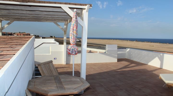1 sovrum Bungalow till salu i Costa de Antigua med pool - 145 000 € (Ref: 4220026)