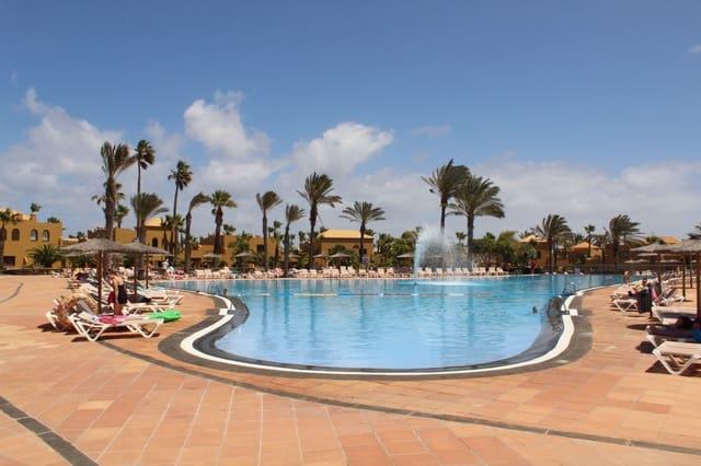 1 sovrum Bungalow till salu i Corralejo med pool - 130 000 € (Ref: 5127901)
