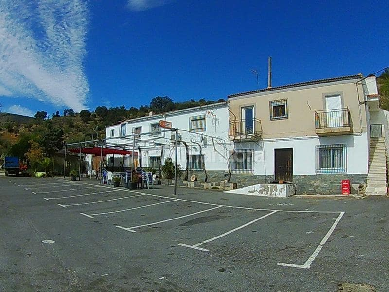 Local Comercial de 9 habitaciones en Tahal en venta - 325.000 € (Ref: 4492002)