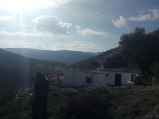 Finca/Casa Rural de 4 habitaciones en Nieles en venta - 160.000 € (Ref: 5329141)