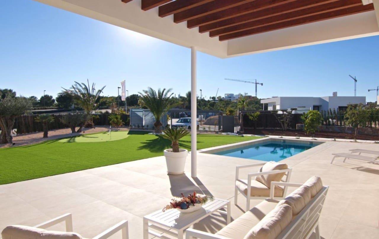 Chalet de 3 habitaciones en Las Colinas Golf en venta con piscina - 539.000 € (Ref: 4858810)