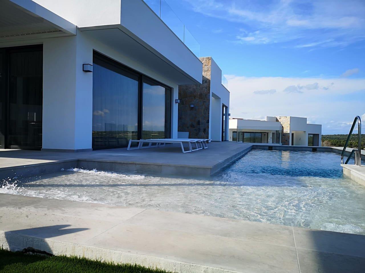 Chalet de 3 habitaciones en Las Colinas Golf en venta con piscina - 519.000 € (Ref: 5030025)