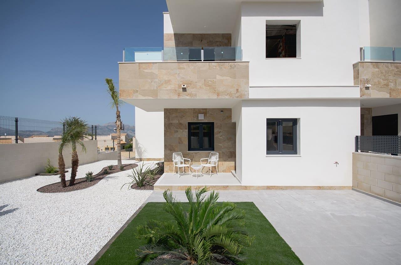 Bungalow de 3 habitaciones en Polop en venta con piscina - 195.000 € (Ref: 5095082)