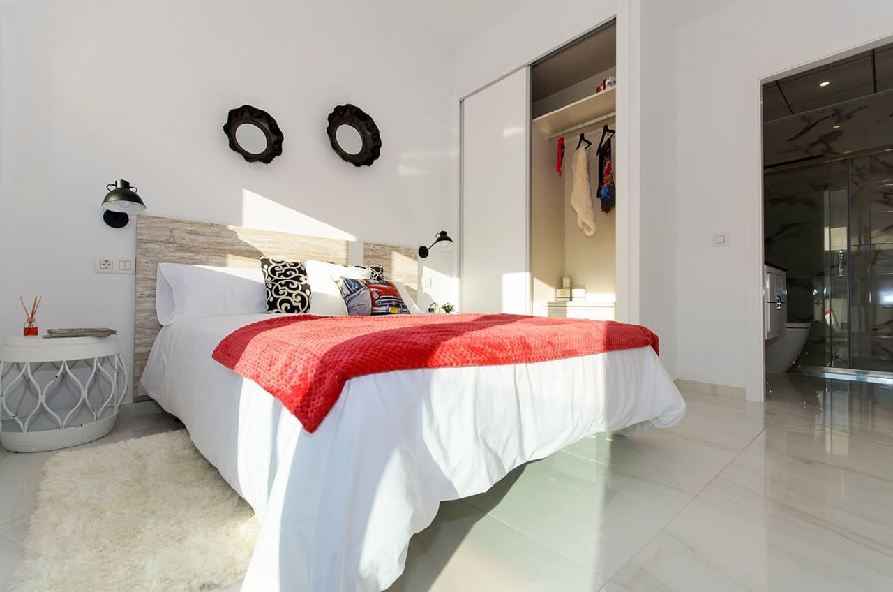 Chalet de 3 habitaciones en Polop en venta con piscina - 245.000 € (Ref: 5098223)
