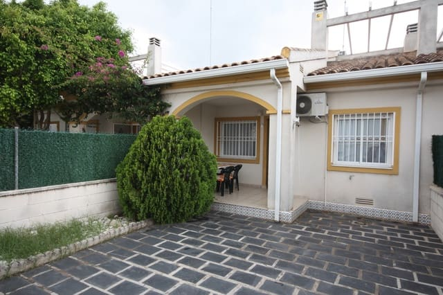 Bungalow de 3 habitaciones en Oliva Nova en venta con piscina - 202.000 € (Ref: 4756889)