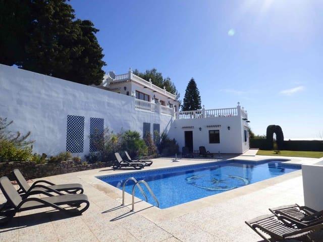 4 quarto Moradia para venda em Torrox com piscina - 875 000 € (Ref: 5295661)