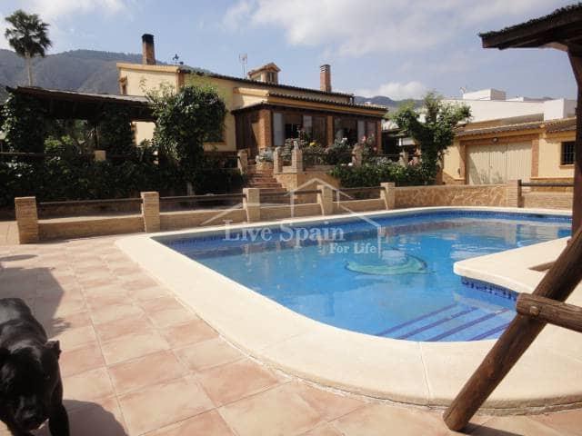 Finca/Casa Rural de 4 habitaciones en Orihuela en venta con piscina - 368.000 € (Ref: 5067279)