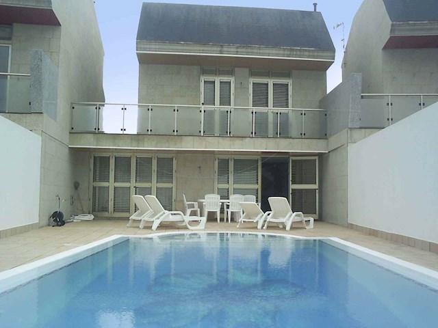 6 sovrum Villa till salu i Costa de Antigua med pool garage - 300 000 € (Ref: 3255386)