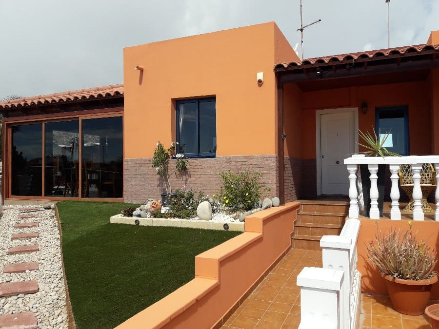 3 sovrum Bungalow till salu i Caleta de Fuste med pool - 310 500 € (Ref: 4554999)