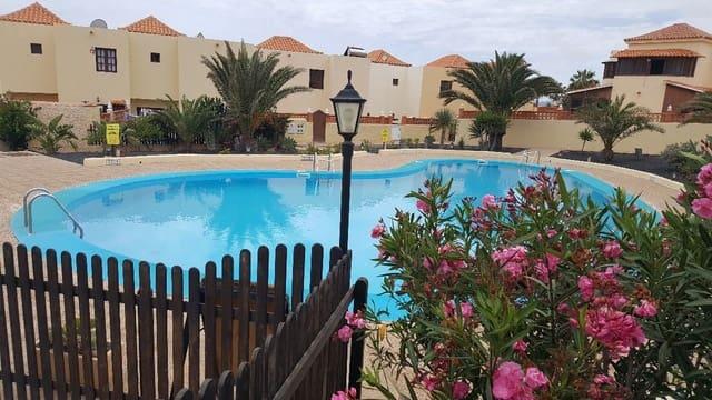 3 sovrum Hus till salu i Caleta de Fuste med pool - 225 000 € (Ref: 5340392)