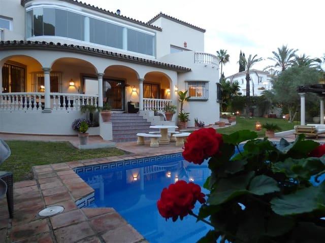 5 soverom Villa til salgs i Marbella del Este med svømmebasseng - € 1 150 000 (Ref: 3944379)