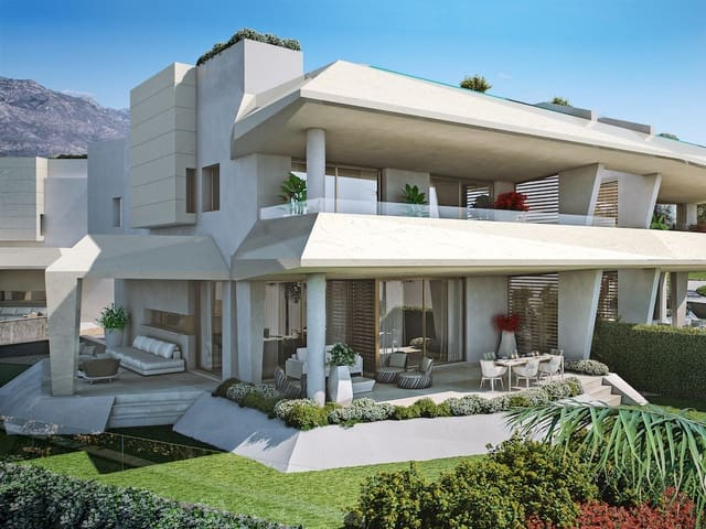 4 sovrum Radhus till salu i Nueva Andalucia med pool garage - 2 600 000 € (Ref: 5257354)