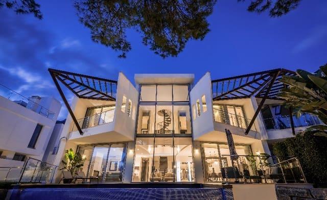 4 sovrum Radhus till salu i Marbella med pool garage - 1 477 000 € (Ref: 5257359)