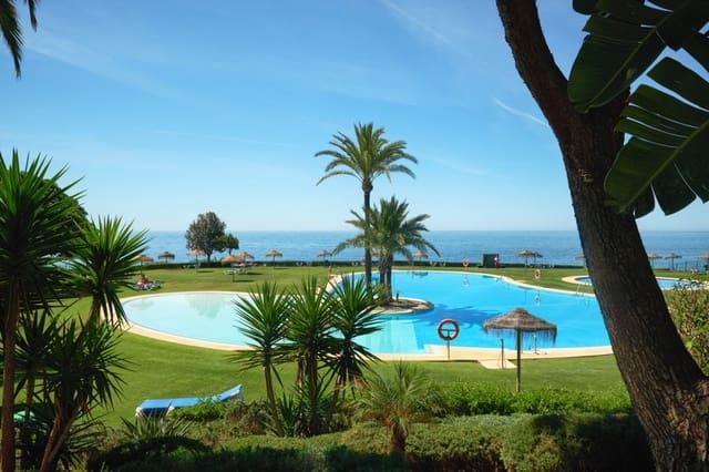 2 soveværelse Lejlighed til salg i Cabopino med swimmingpool - € 750.000 (Ref: 5257962)