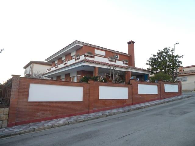 5 soveværelse Villa til salg i Blanes med swimmingpool garage - € 600.000 (Ref: 5828664)