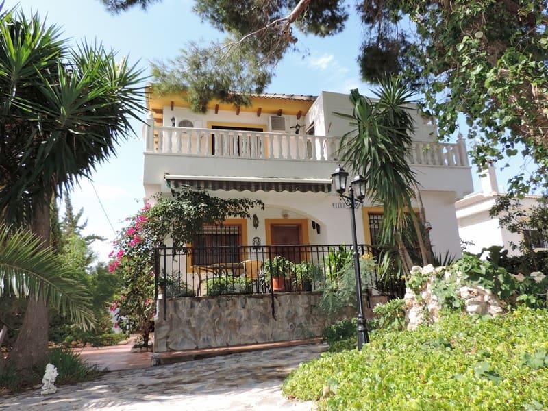 Chalet de 5 habitaciones en Pilar de la Horadada en venta con piscina - 199.000 € (Ref: 4829566)