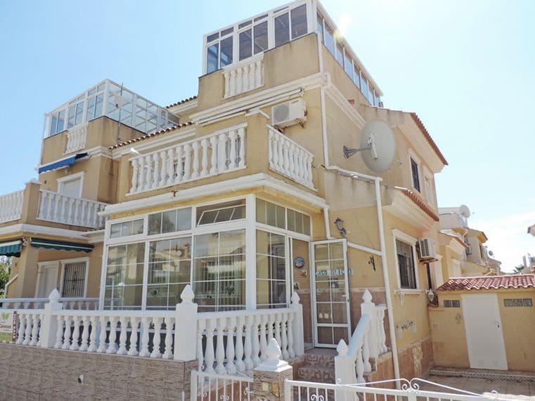 2 sovrum Semi-fristående Villa till salu i Playa Flamenca med pool - 125 000 € (Ref: 5348396)