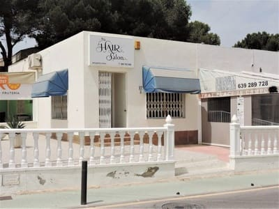 Winkelen te huur in Pinar de Campoverde - € 350 (Ref: 5414470)
