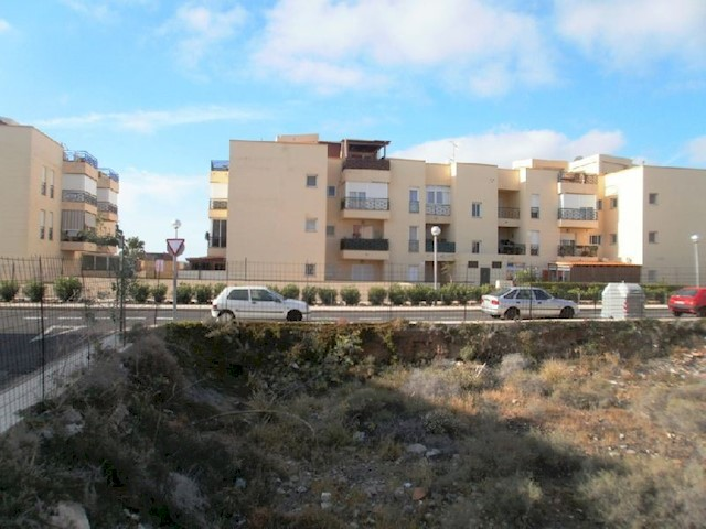 Building Plot for sale in Parque de la Reina - € 100,000 (Ref: 2033246)