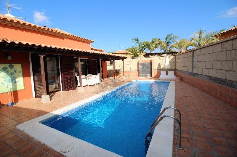 3 camera da letto Villa in vendita in Parque de la Reina con piscina - 595.000 € (Rif: 3550841)