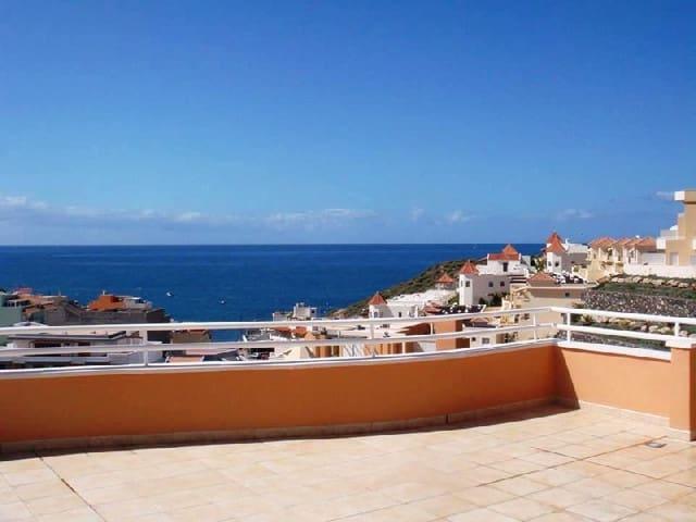 4 chambre Penthouse à vendre à La Caleta Adeje avec piscine - 1 250 000 € (Ref: 4523907)