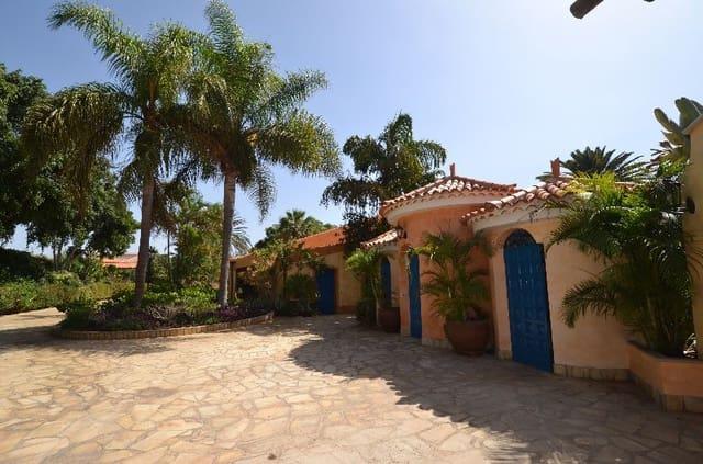 7 chambre Villa/Maison à vendre à Parque de la Reina avec piscine - 3 200 000 € (Ref: 4949492)