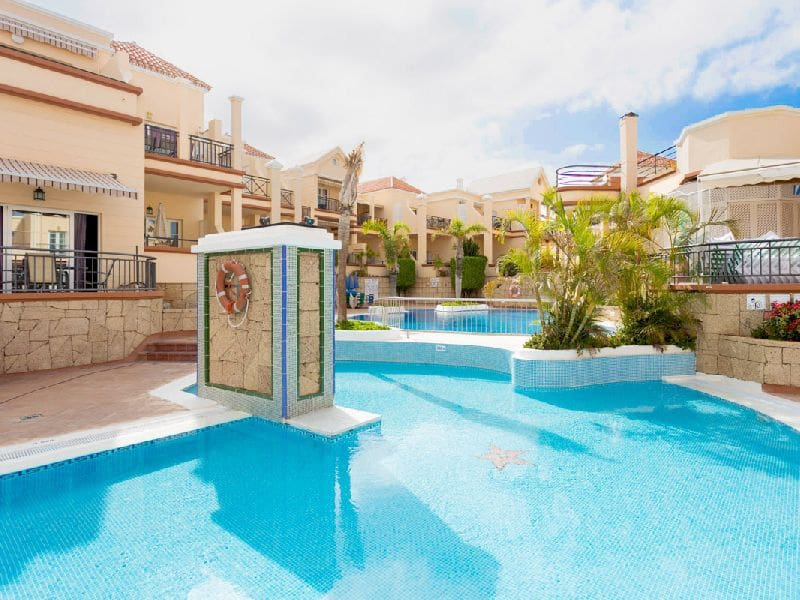 1 bedroom Penthouse for sale in Playa Fanabe with pool - € 210,000 (Ref: 5151002)