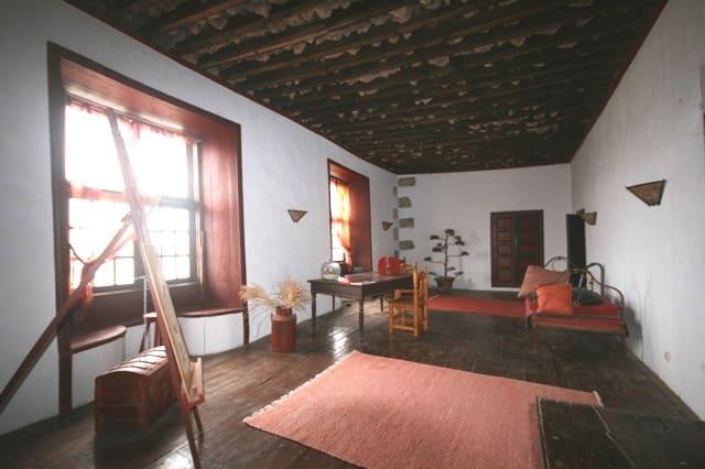 Casa de 20 habitaciones en Teguise en venta - 940.000 € (Ref: 2891134)