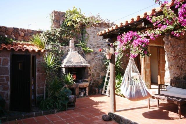 Finca/Casa Rural de 3 habitaciones en Teseguite en venta - 420.000 € (Ref: 3362302)