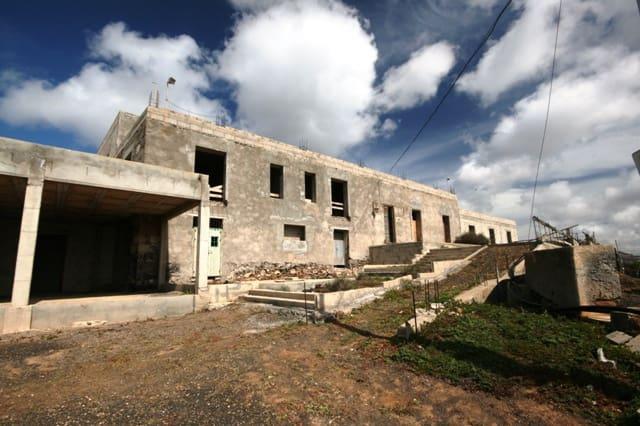 20 slaapkamer Commercieel te koop in Macher - € 3.000.000 (Ref: 3578000)
