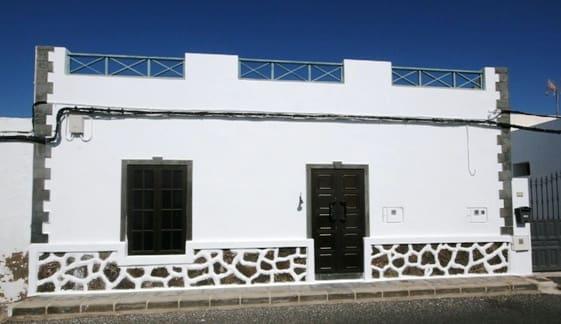 Casa de 2 habitaciones en Máguez en venta - 168.000 € (Ref: 3810030)