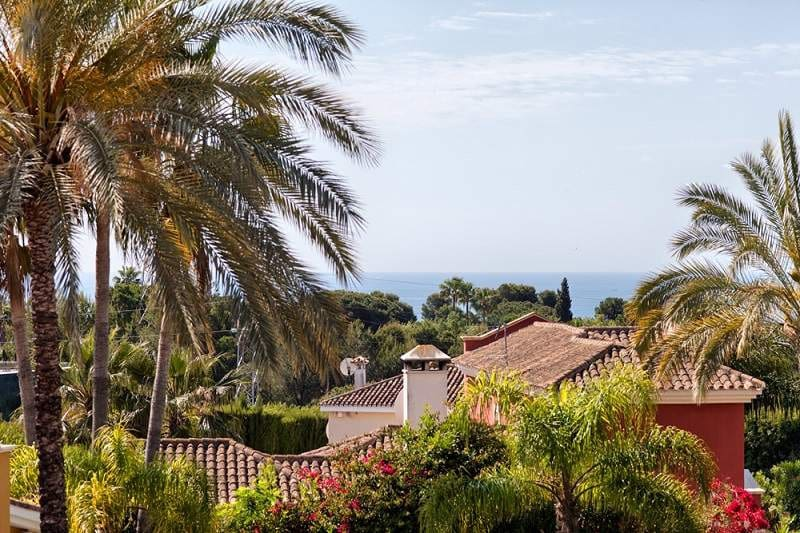 4 bedroom Villa for sale in Marbella - € 1,695,000 (Ref: 4741494)