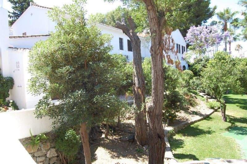 5 bedroom Villa for sale in Benalmadena - € 999,000 (Ref: 4741621)