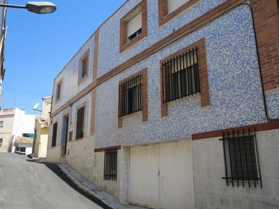 5 bedroom Townhouse for sale in Lliria with garage - € 120,000 (Ref: 2691938)