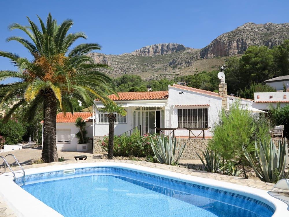 4 camera da letto Villa in vendita in La Drova con piscina - 399.000 € (Rif: 4109471)