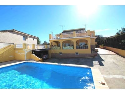 7 bedroom Villa for sale in Montroy - € 185,000 (Ref: 2879531)