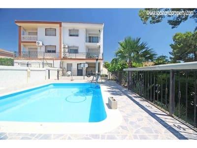 4 bedroom Villa for sale in Montserrat with pool - € 145,000 (Ref: 4665166)