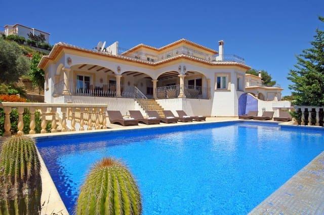 3 soverom Villa til salgs i Javea / Xabia med svømmebasseng garasje - € 450 (Ref: 3712541)